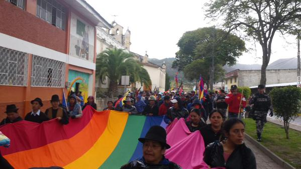Marcha indígena saliendo de Saraguro hacia Nabón el miércoles 5 de agosto de 2015. Foto: Conaie