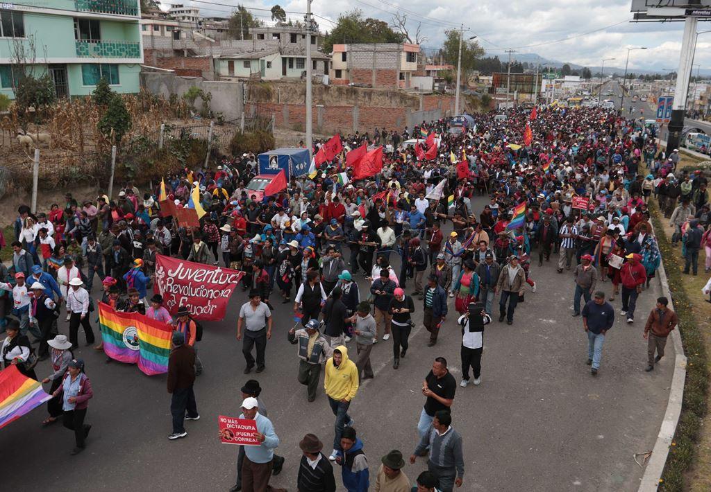 Marcha indígena en Latacunga el 10 de agosto de 2015. Foto: API