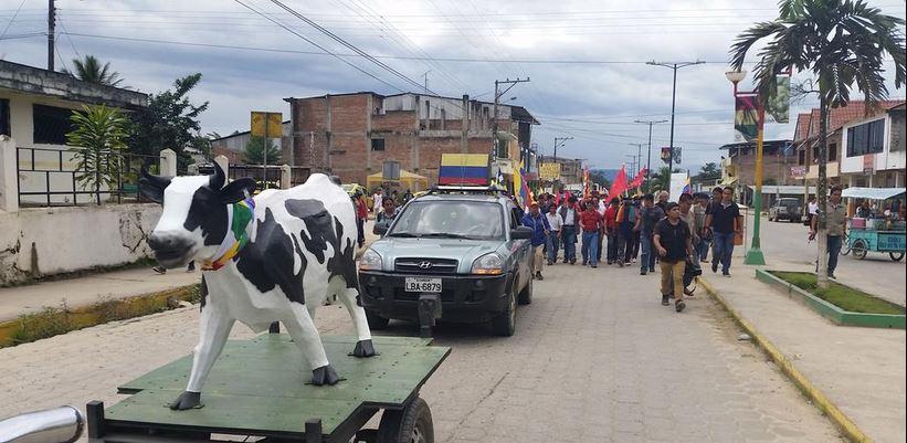 La marcha indígena ya ha llegado a Pangui, en Zamora. Foto tuiteada por la cuenta @MarchaEC