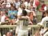 """El centrocampista colombiano del Real Madrid, James Rodríguez (c-abajo) celebra con Jesé (d), Marcelo (i) y Francisco Alarcón """"Isco"""" (arriba) su gol contra el Tottenham Hotspur durante el partido amistoso que ambos equipos disputaron con motivo del trofeo de la Audi Cup en Múnich, Alemania hoy 4 de agosto de 2015. EFE/Peter Kneffel."""