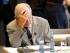 El ministro alemán de Finanzas, Wolfgang Schaeuble. espera al inicio de una reunión de su grupo parlamentario en la víspera de una votación parlamentaria sobre el tercer rescate a Grecia, en el Bundestag, en Berlín, el 18 de agosto de 2015. (Foto AP/Ferdinand Ostrop)