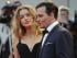 El actor Johnny Depp y su esposa Amber Heard posan para los fotógrafos al llegar al estreno de la película Black Mass, en Venecia, Italia, el 4 de septiembre de 2015. (Foto AP /Andrew Medichini)