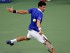 Foto de archivo. El serbio Novak Djokovic devuelve a un tiro contra el croata Marin Cilic en las semifinales del Abierto de Estados Unidos, el viernes 11 de septiembre de 2015. (AP Foto/Bill Kostroun).