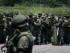 """Miembros de la Armada de Venezuela forman su llegada a la localidad de La Fría (Venezuela). El Gobierno de Venezuela informó que en los últimos meses ha inhabilitado 177 """"pasos irregulares"""" en la zona fronteriza del estado Táchira donde más de 100 kilómetros que limitan con Colombia se mantienen cerrados desde la noche del 19 de agosto y opera un estado de excepción desde hace diez días. EFE/ALBERTO HERNÁNDEZ"""