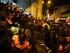 Afueras de la Corte de Justicia en Loja, la noche del 21 de agosto de 2015. Centenares de personas velaban por la libertad de los 26 saraguros detenidos durdante el levantamiento indígena. Foto colgada en la página de Facebook de la CONAIE.
