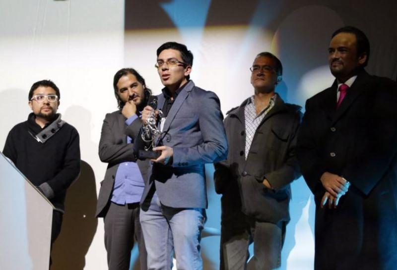 Orquídea al Mejor Cortometraje Ecuatoriano es para: Jairo Granda con SummerBeats