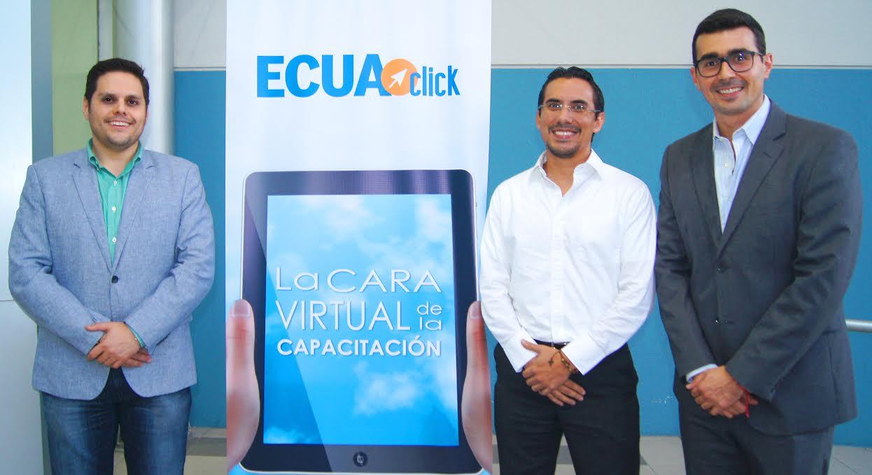 Jorge Sánchez, director administrativo; Alfredo Decker, gerente de ECUACLICK y Andres Guschmer, conferencista durante la charla magistral