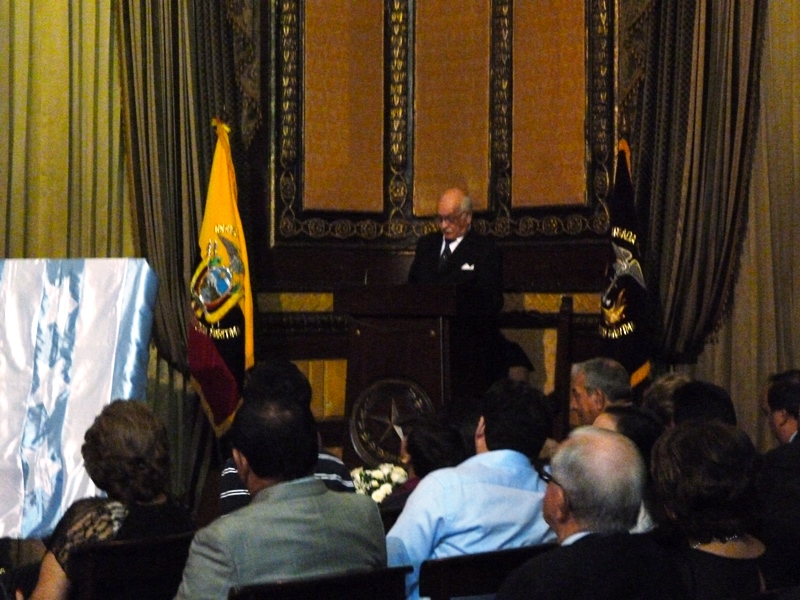 Alfredo Jurado Game, en Salón de Honor de M.I. Municipalidad de Guayaquil. LaRepublica.ec