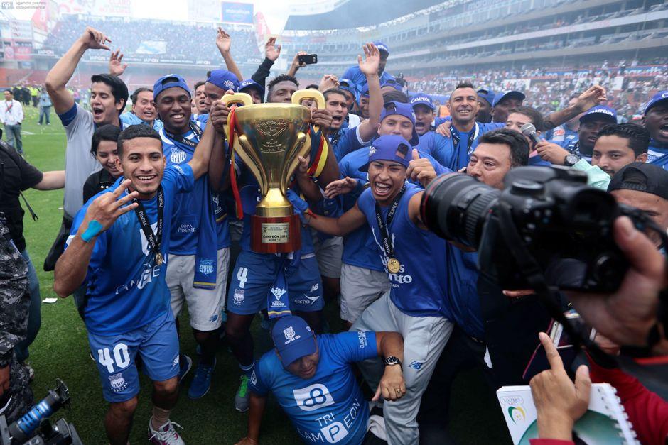 ECUADOR, Quito (20/12/2015) Emelec es el nuevo campeón de la Copa Pilsener, en el Estadio Casa Blanca. FOTOS API / JUAN CEVALLOS.