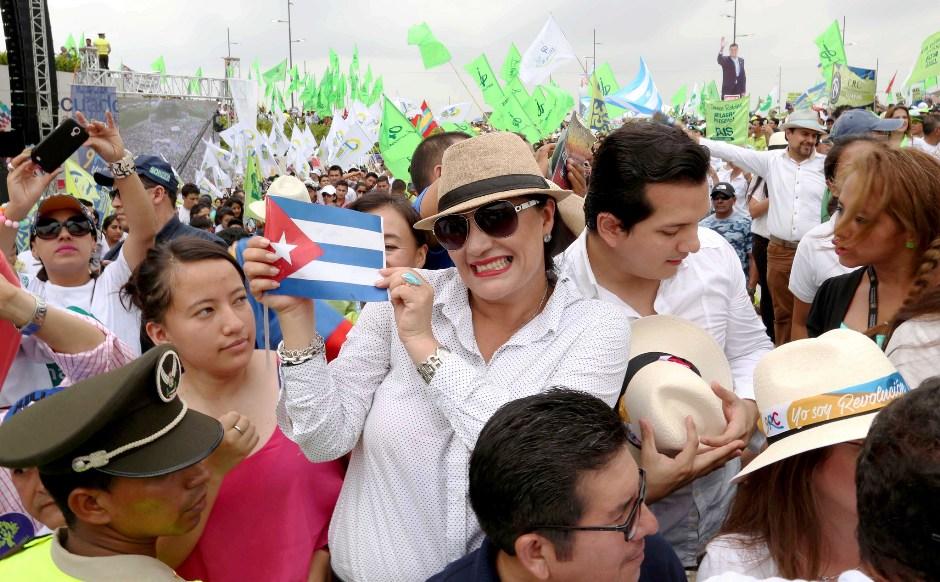 Guayaquil (Guayas) 16 ene 2016.- El Presidente Rafael Correa, asistió a la celebración de los 9 años de gobierno de la Revolución Ciudadana. Fotos: Pablo Reinoso / Presidencia de la República