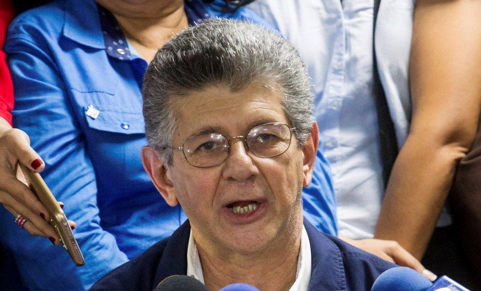 Oposición venezolana elige a Ramos Allup presidente del nuevo Parlamento