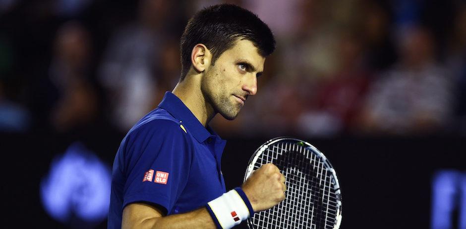 (Australia), 31/01/2016.- Novak Djokovic de Serbia reacciona después de un tiro contra Andy Murray del Reino Unido durante los hombres de final en el torneo de tenis Abierto de Australia en Melbourne, Australia , 31 de Enero de 2016. ( Tenis ) EFE / EPA / JOE CASTRO AUSTRALIA Y NUEVA ZELANDA OUT