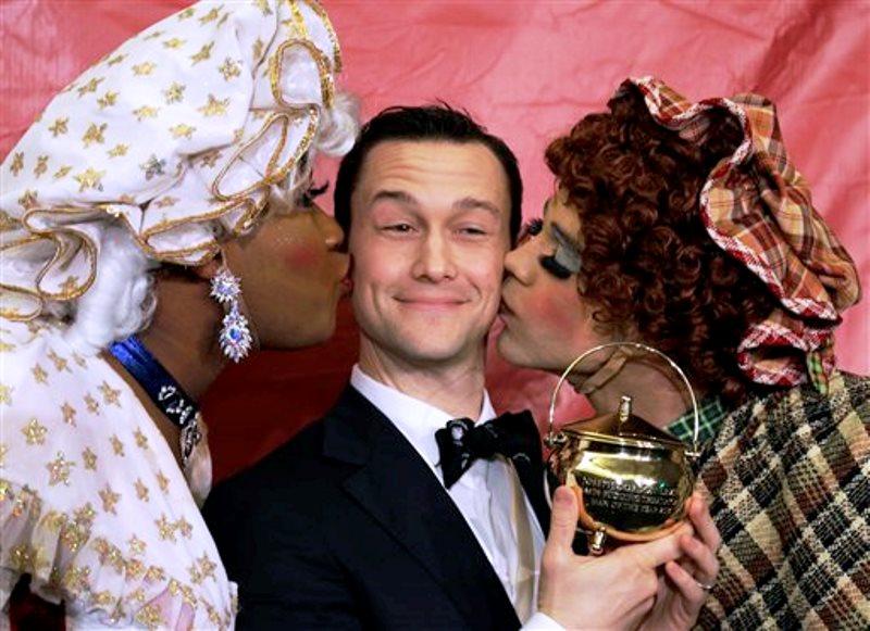 Joseph Gordon Levitt premio de teatro Hasty Pudding