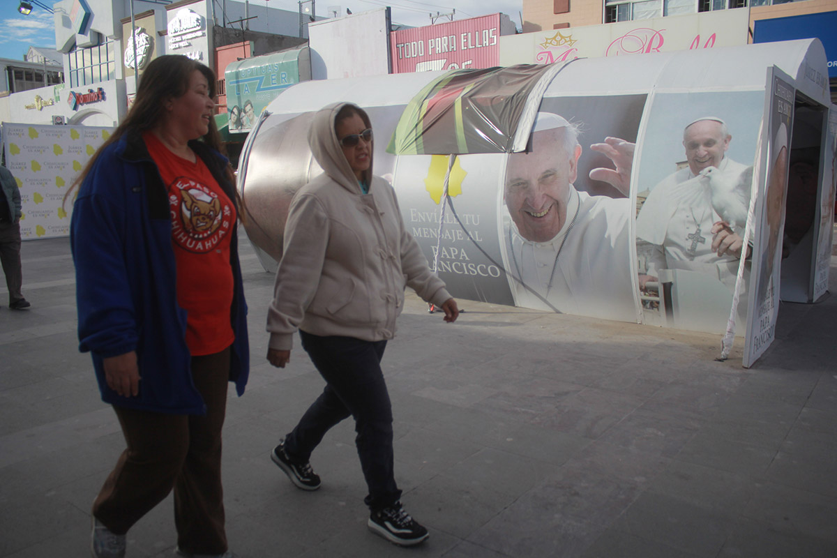 Preparativos en Ciudad Juárez para la llegada del papa Francisco.