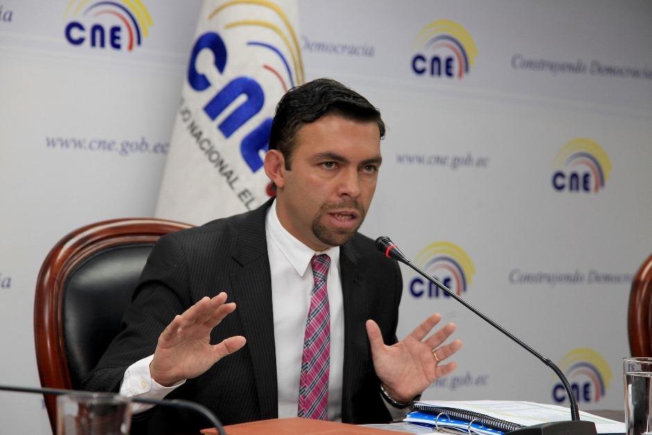 El presidente del Consejo Nacional Electoral, Juan Pablo Pozo, el 17 de febrero de 2016. Foto didfundida por la web del CNE.