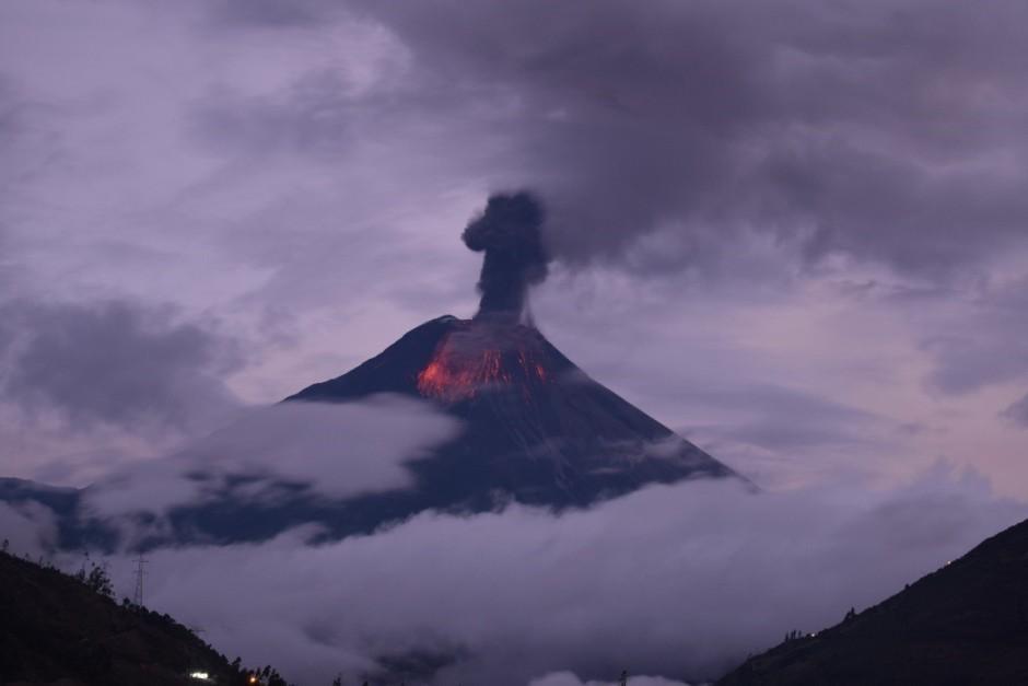 Erupción del volcán Tungurahua, el 28 de febrero de 2016. Foto del Instituto Geofísico.