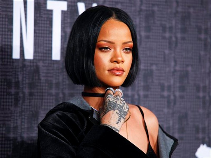 Rihanna rock star