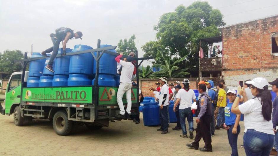 Espol lleva agua a Tomatal Foto: ESPOL