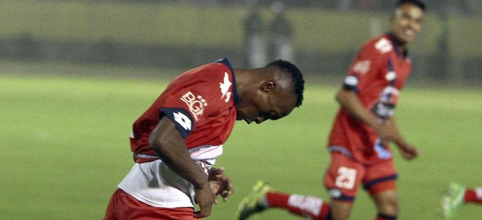 ECUADOR, Quito (2016/04/01). Nacional vs Liga de Quito. FOTOS API / JAVIER CAZAR