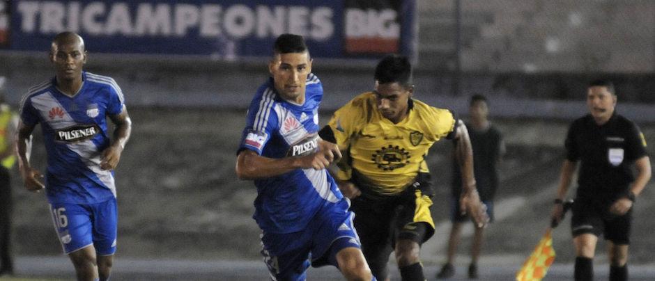 Guayaquil 1 de Abril del 2016. Emelec vs Fuerza Amarilla. Fotos: Marcos Pin / API