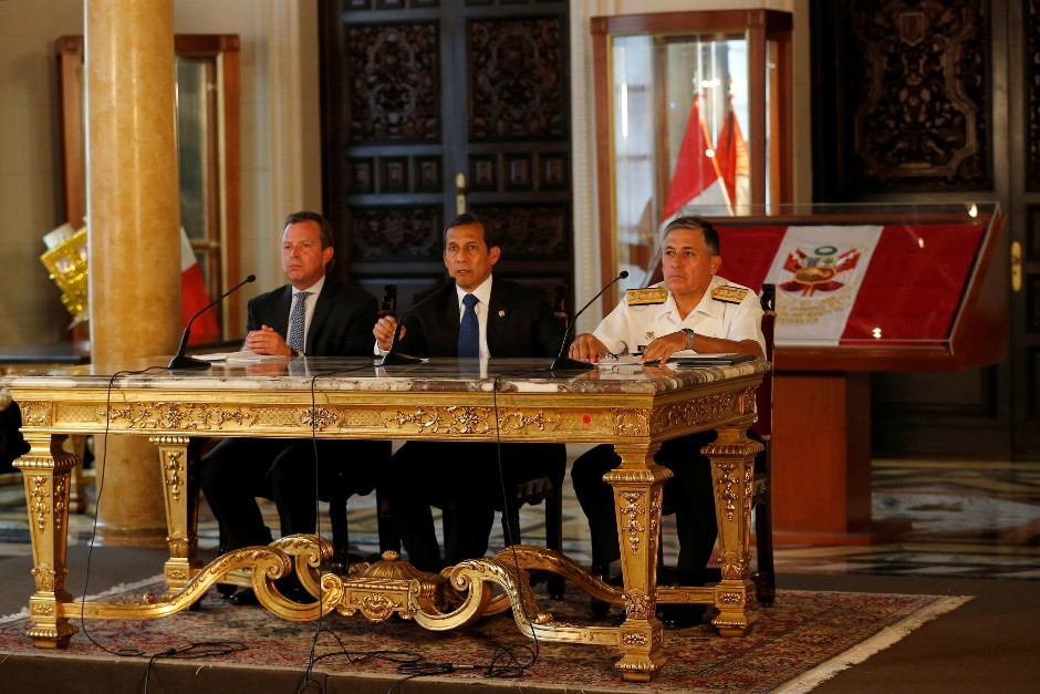 El presidente Ollanta Humala, el 9 de abril de 2016, en el Ministerio de Defensa del Perú.