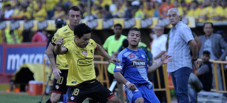 Guayaquil 15 de Mayo del 2016. Barcelona vs Emelec. Fotos: Marcos Pin / API