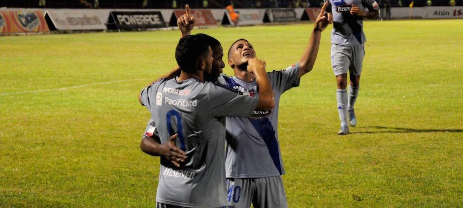 QUEVEDO - ECUADOR (20-05-2016). Partido Delfín SC - CS Emelec, jugado en el estadio 7 de Octubre, válido por la Fecha 16 del Campeonato Ecuatoriano 2016. API FOTO / ARIEL OCHOA