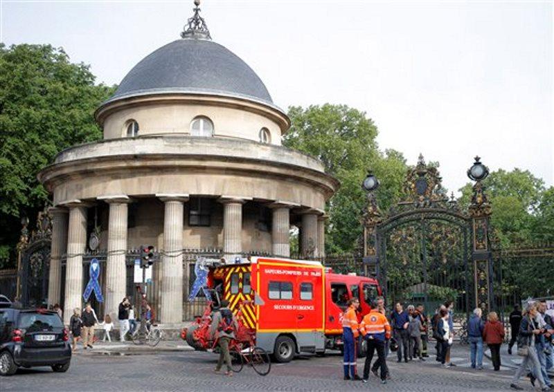 parque Paris caída rayo