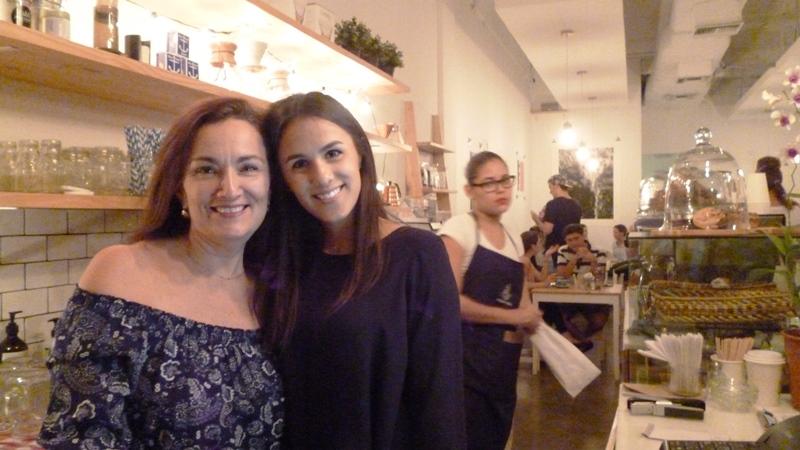Verónica y Andrea Sailor Coffee, foto larepublica.ec