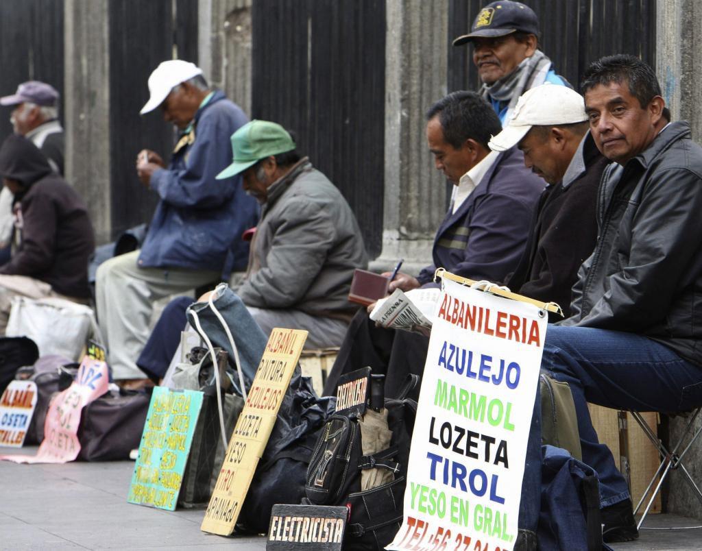 Gobierno dice que desempleo cerró 2019 con la cifra más baja en ...