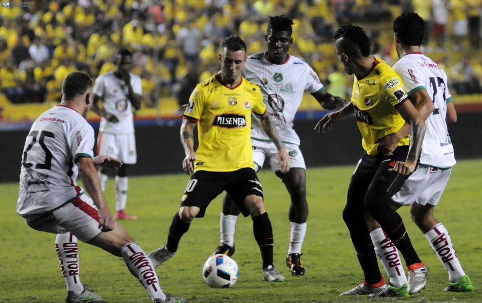 Barcelona juega con Mushuc Runa, el 5 de agosto de 2016.