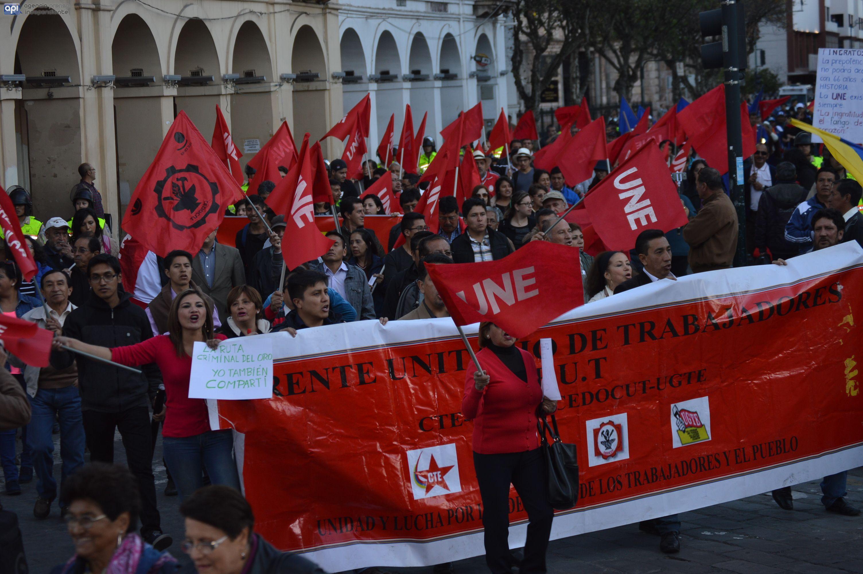 Marcha de la UNE en Cuenca. Foto API.