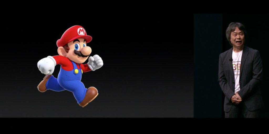 Shigeru Miyamoto presentando Super Mario Bros exclusivo para el para App Store