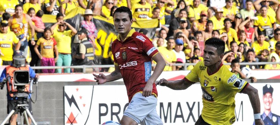Guayaquil 15 de Octubre de 2016. Barcelona vs Deportivo Cuenca. Fotos: Marcos Pin / API