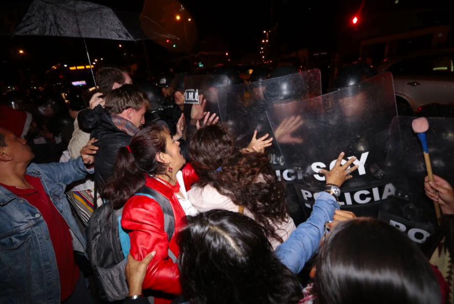 Marcha contra la conferencia Hábitat III. Foto de Juan Cevallos/API.