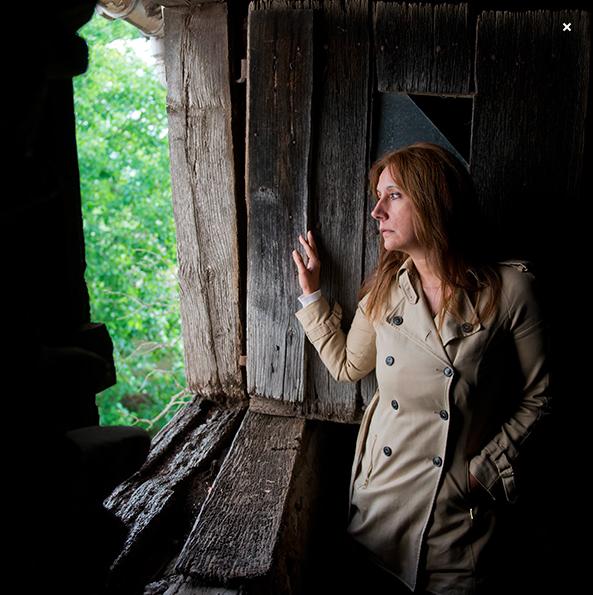 Dolores Redondo, escritora española. Fotos del archivo de la autora.