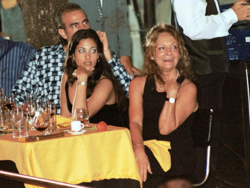 Dalia Soto y el hijo de Fidel Alexander.