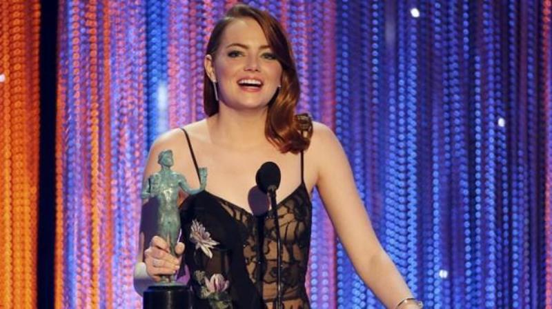 Emma Stone gana premio SAG