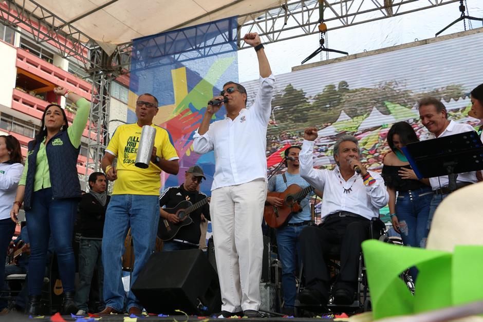 Presidente electo de Ecuador en festival Victoria Popular