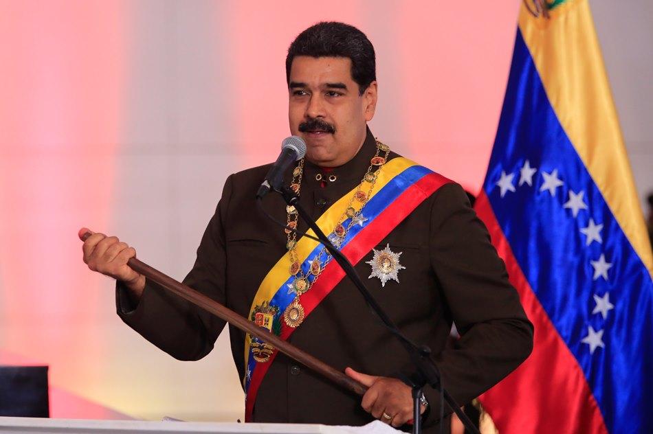 Maduro dice que el referendo opositor es una «consulta interna» de partidos