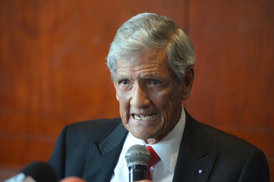Exasambleísta ecuatoriano Lara sufrió venganza de Correa, según exembajador