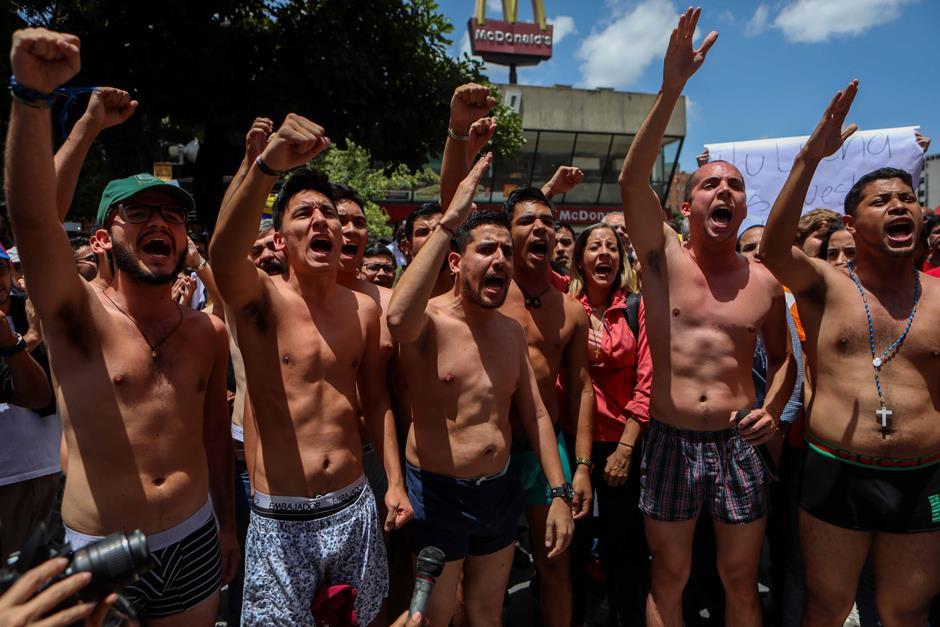 Diputado acusado por atentado a Maduro sigue «desaparecido», según familiares