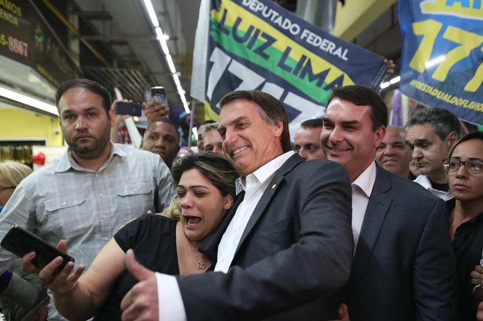 El ultraderechista Bolsonaro refuerza sus mensajes de agrado al mercado