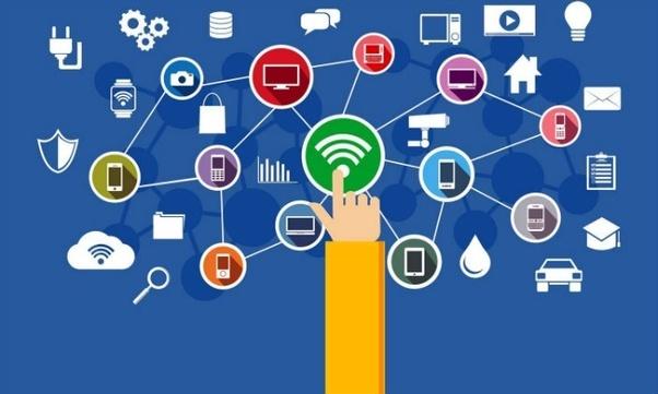 Las recetas de los «sabios» para gestionar el futuro digital | La República  EC