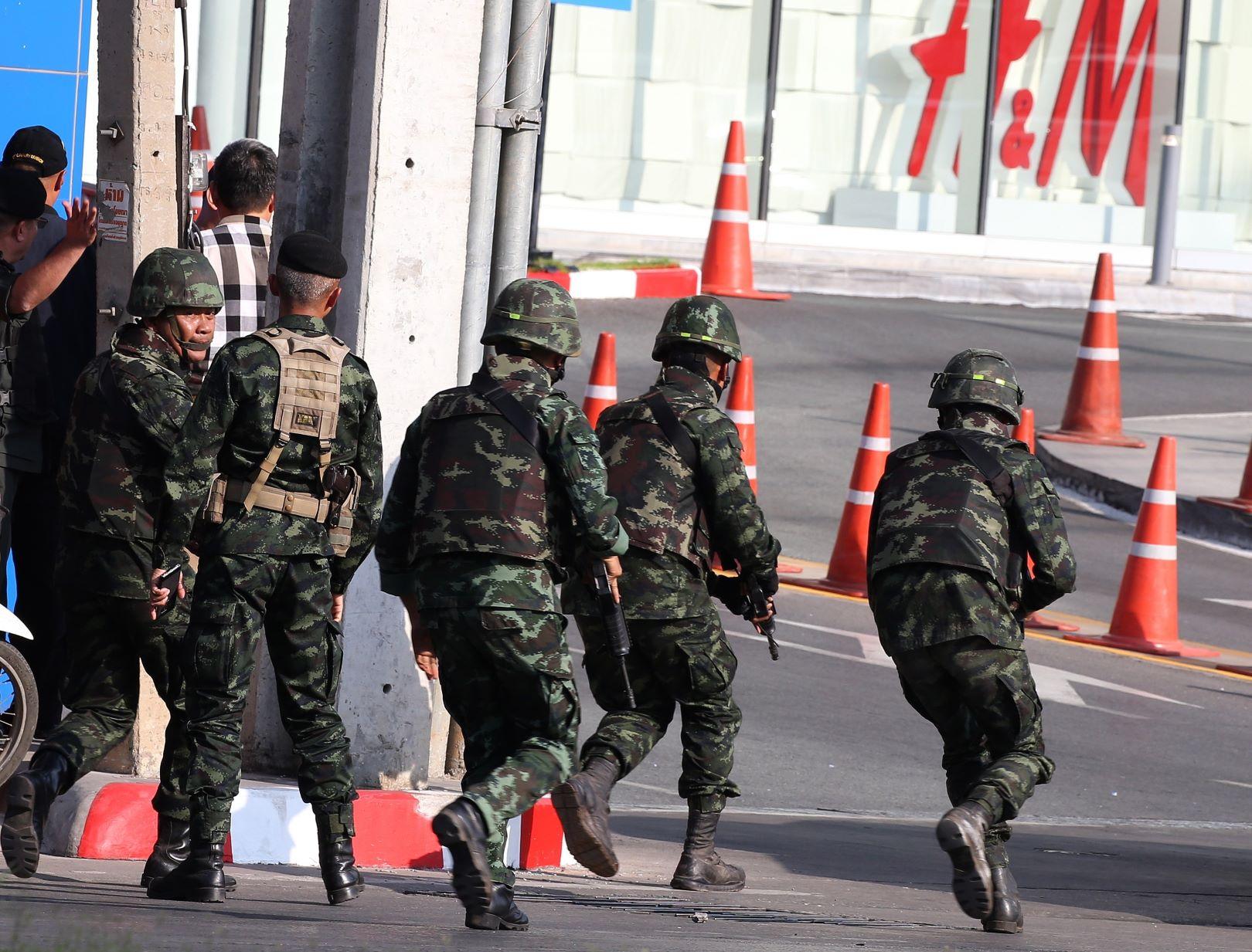 tailandia mata soldado