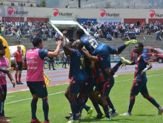 """Olmedo recibe a Orense en un partido de la """"LigraPro Banco del Pichincha"""" que se juega en el estadio Fernando Guerrero Guerrero en la ciudad de Riobamba, este 08 de Marzo de 2020. Foto API / Jorge Pérez / EP"""