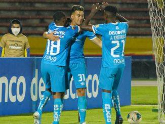 U.Católica golea 4-1 al Emelec