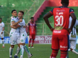 Liga de Portoviejo aventajó 3-0 a El Nacional en Portoviejo